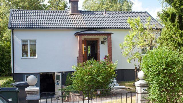 fasadrenovering-skutskarsv36-svedmyra.jpg